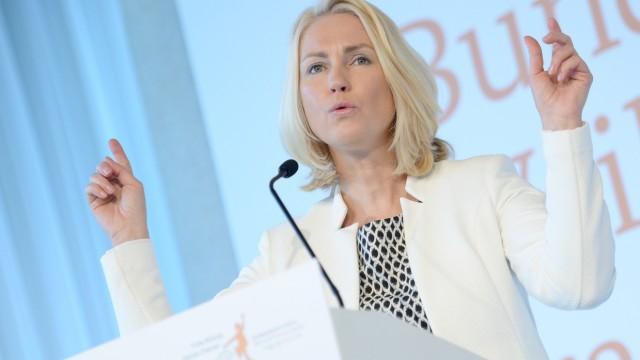 Manuela Schwesig spricht über 'KitaPlus'