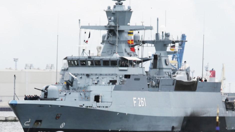 Korvette 'Magdeburg' in Rostock zurück
