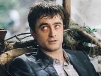 "Kino: Daniel Radcliffe in ""Swiss Army Man"""