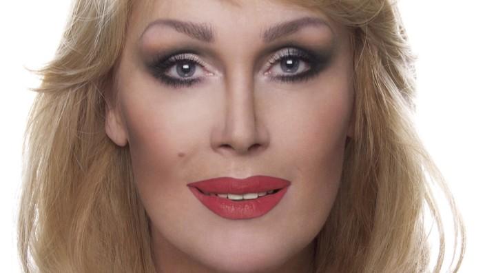 Steter Tropfen höhlt den Stein – Initiativen im Bundesrat zum Transsexuellengesetz