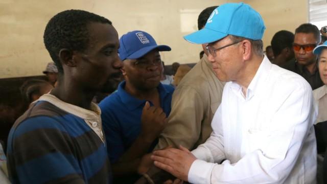 US SecGen Ban Ki-moon visits Haiti after hurricane Matthew