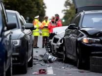 Schwerer Unfall mit 11 beteiligten Fahrzeugen