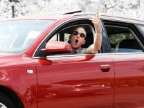 Verkehrsrowdie im Audi