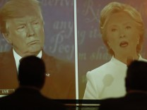 Donald Trump, Hillary Clinton, debate watchers