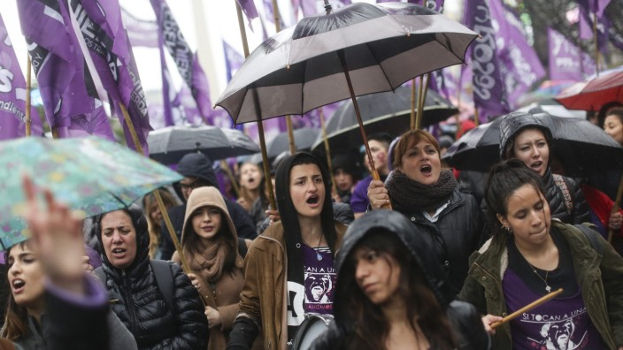 Argentina march against the sexist violence