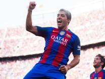 FC Barcelona v Real Betis Balompie - La Liga; Suarez
