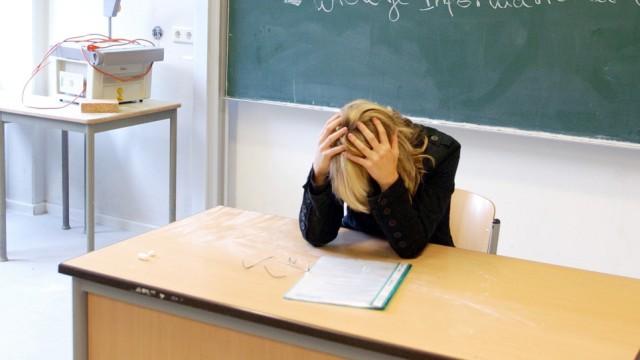 Lehrerin in der SCHULE