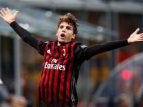 Football Soccer - AC Milan v Juventus Serie A