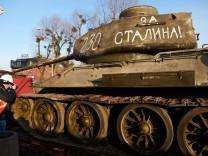 World War II museum new exhibits arrive in Gdansk