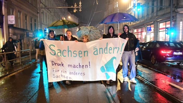 Demo gegen Landespolitik