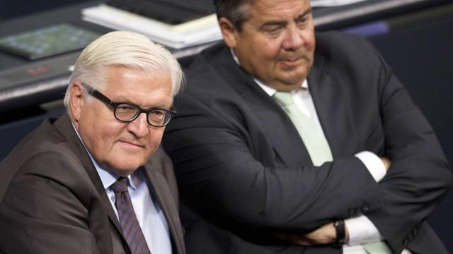 vl Aussenminister Dr Frank Walter STEINMEIER SPD Auswaertiges Amt und Wirtschaftsminister Sigma