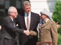 Bill Clinton, Yitzhak Rabin, Yasser Arafat