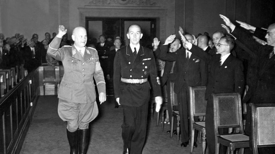 Roland Freisler, Otto Thierack