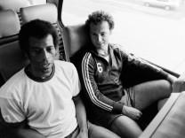 Fussball: Carlos Alberto und Franz Beckenbauer (beide, Cosmos New York)