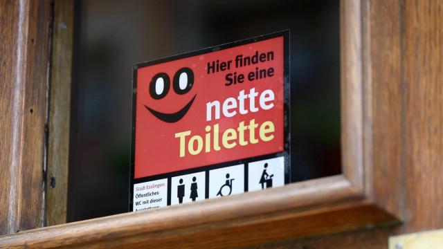 Öffentliche Toiletten Öffentliche Toiletten