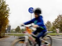 Weßling: Grünsinkerstr: neuer Radweg