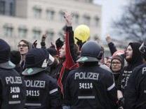 Linke Demonstranten in Berlin