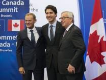 Justin Trudeau Donald Tusk Jean Claude Juncker