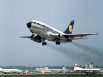Start einer Boeing-737 der Lufthansa