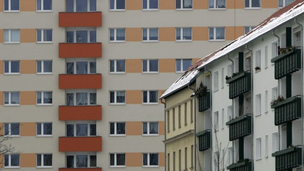 Dresden City to Sell 48,000 Apartments