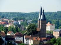 'Rote Spitzen' nach 40 Jahren teilweise begehbar; Altenburg