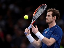Tennis - Paris Masters tennis tournament men's singles semifinals - Milos Raonic of Canada v Andy Murray of Britain