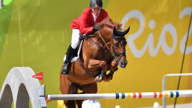 Ludger BEERBAUM GER auf Casello Reiten Teamspringen Springen Equestrian Jumping Team Deodoro Olym; Pferdesport