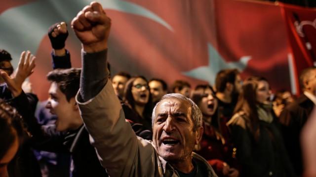 Journalismus Türkische Chronik (XLII)