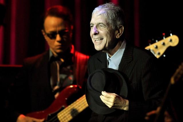 Canadian singer-songwriter Leonard Cohen dies at 82