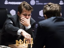 World Chess Championships Round 1