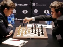 World Chess Championships Round Two