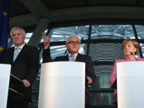 Coalition Leaders Present Steinmeier As Presidential Choice