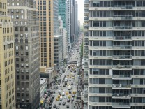 Traffic in New York Traffic along Sixth Avenue in midtown in New York on Tuesday May 17 2016 PU