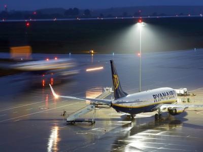 Ryanair: Ferienflieger muss nach Druckabfall zwischenlanden
