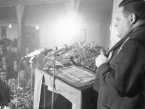 Franz Josef Strauß während seiner Rede am Politischen Aschermittwoch, 1966