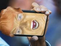 Smartphone abhörsicher machen: Mit Verschlüsselung und einem sicheren Passwort schützen Sie sich vor dem neuen US-Präsident Trump.