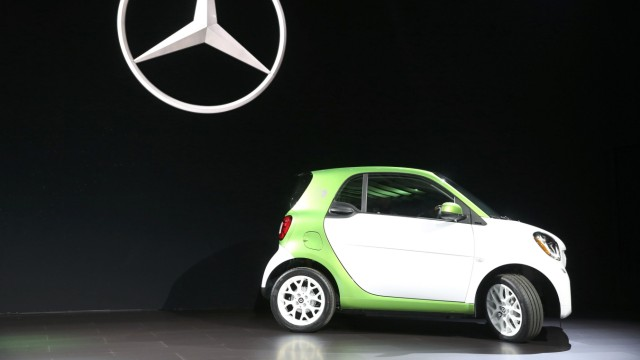 Smart Fortwo Electric Drive auf der Los Angeles Auto Show 2016.