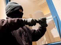 Telefonüberwachung potenzieller Einbrecher