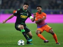 VfL Borussia Moenchengladbach v Manchester City FC - UEFA Champions League