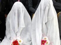 Junge afghanische Bräute