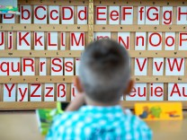Alphabetisierung