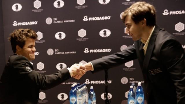 World Chess Championships Round 12