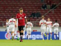 Guido Burgstaller 1 FC Nuernberg frustriert nach dem 1 0 VfB Stuttgart vs 1 FC Nuernberg 2 B