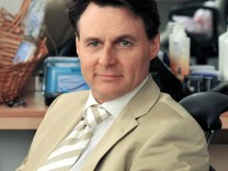 Wolfgang Bahro bleibt GZSZ-Fiesling