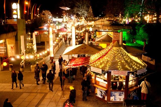 Schwabinger Weihnachtsmarkt an der Münchner Freiheit, Schwabing