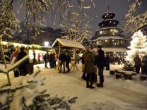 Weihnachtsmarkt am Chinesischen Turm in München, 2012
