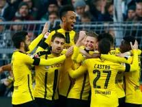 Football Soccer - Borussia Dortmund v Borussia Moenchengladbach