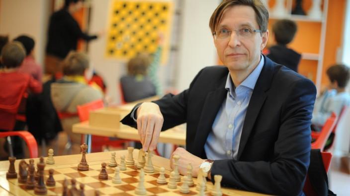 Stefan Kindermann in der Schachakademie München, 2015