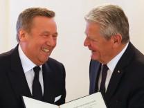 Bundespräsident Gauck verleiht Verdienstorden