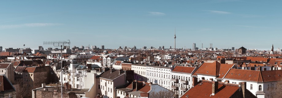 Germany Berlin panoramic city view with television tower PUBLICATIONxINxGERxSUIxAUTxHUNxONLY ZMF00